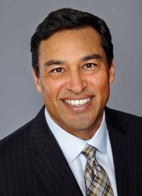 Michael J. Pérez